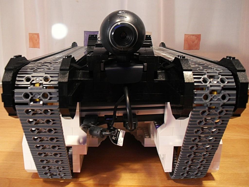 Lego Kettenfahrzeug von vorne