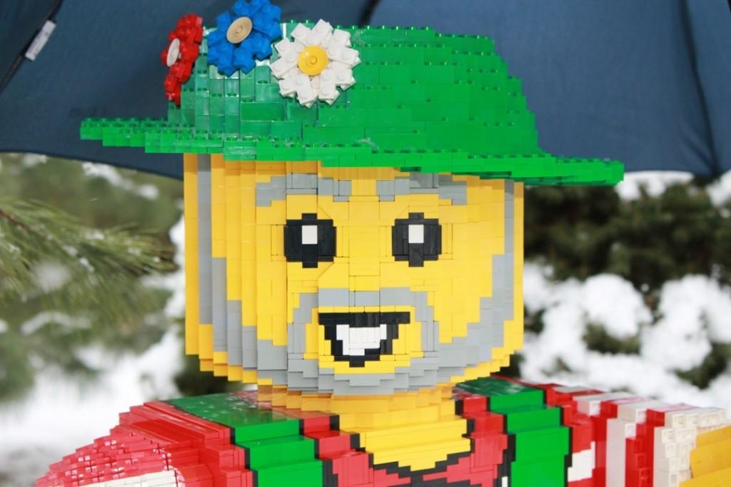 Kopf der Legoskulptur