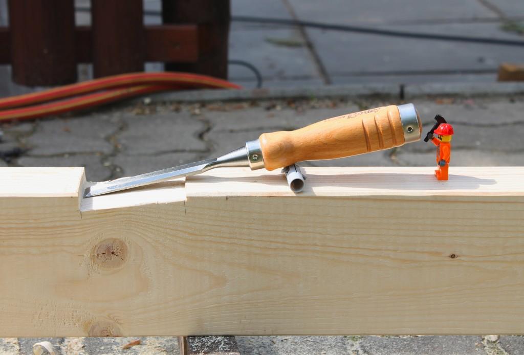 Minifigur bearbeitet Holz