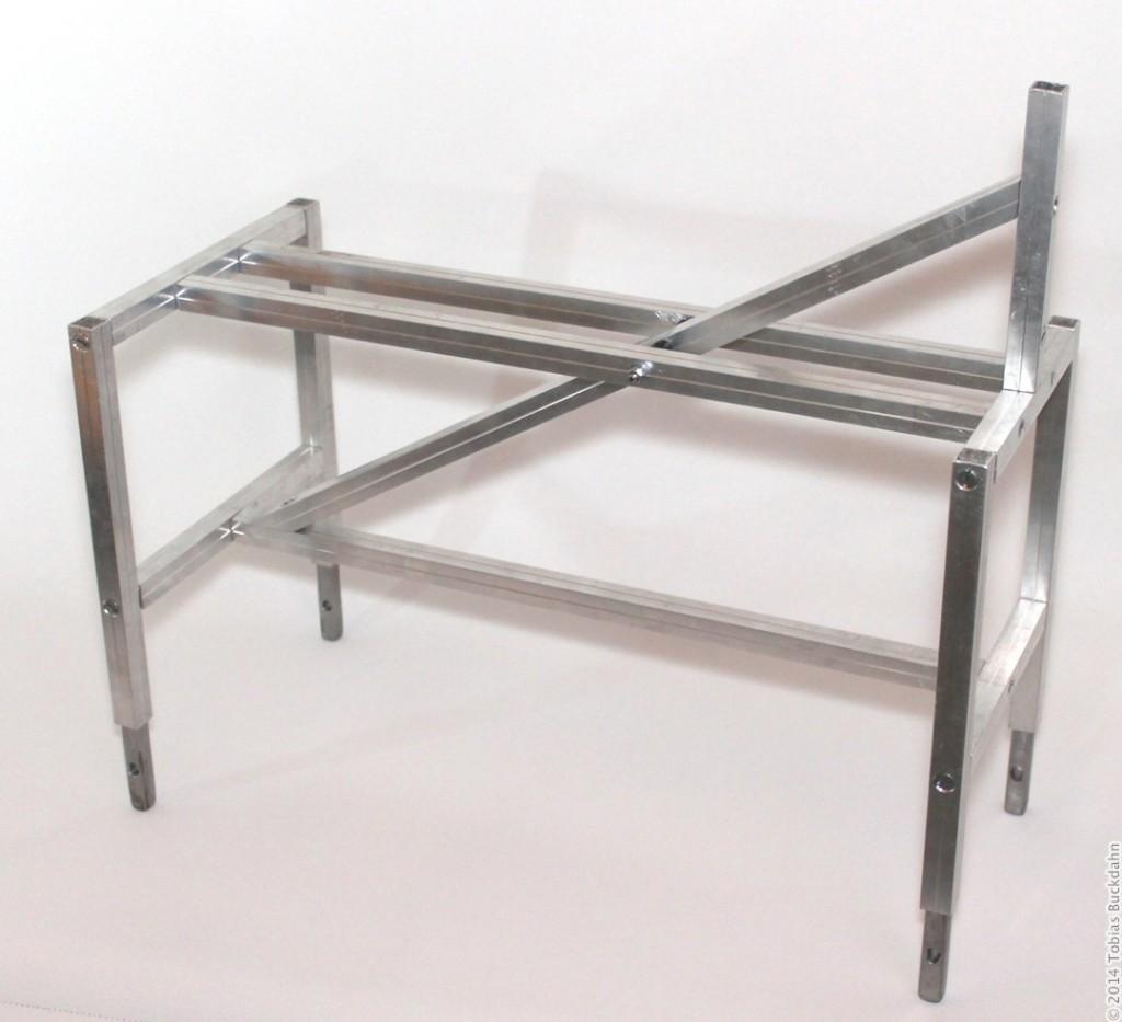 Metallgerüst für den Oberkörper